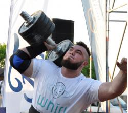 WHIRL выступила партнером чемпионата Украины по стронгмену 2018